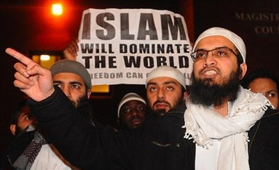 چرا جریانهای چپ از اسلامبنیادان حمایت میکنند؟