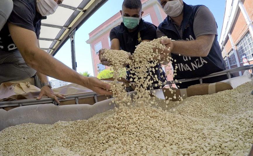 رژیم اسد با همکاری ایران مواد مخدر تولید و صادر میکند