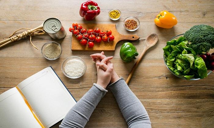 ۱۸ تغییر کوچک که به کاهش وزن کمک میکنند