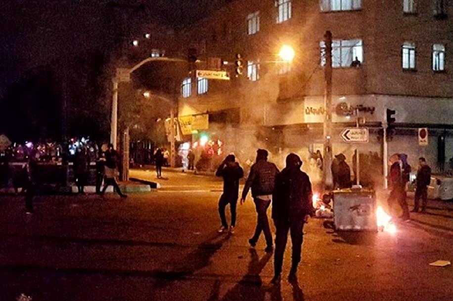 حمایت وکلای دادگستری از اعتراضات مردم خوزستان