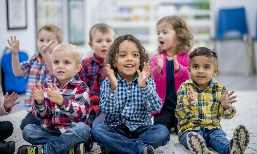رشد در کودکان طبیعی و در کودکان نابهنجار